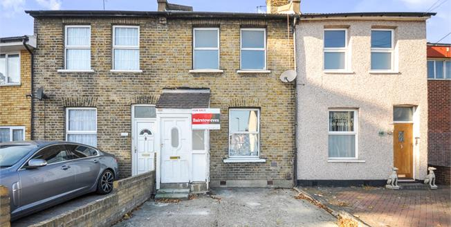 Asking Price £335,000, 2 Bedroom Terraced House For Sale in Croydon, CR0