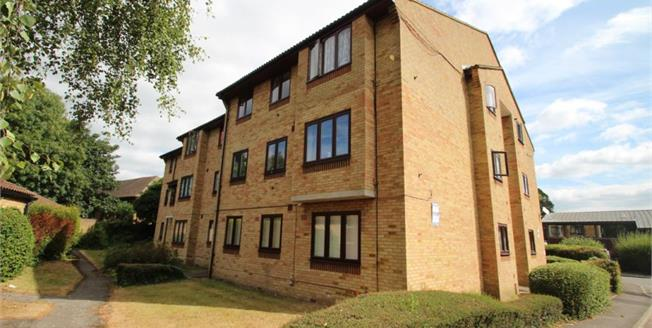 Asking Price £180,000, Flat For Sale in Croydon, CR0