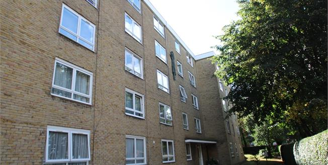 Asking Price £189,950, Flat For Sale in Croydon, CR0