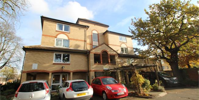 Asking Price £140,000, 1 Bedroom Flat For Sale in Croydon, CR0