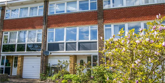 Asking Price £475,000, 3 Bedroom Terraced House For Sale in Croydon, CR0