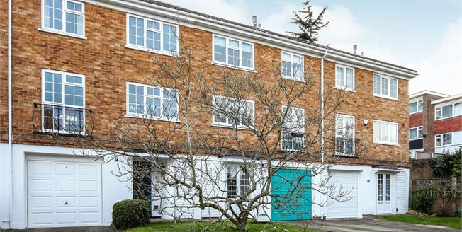 Asking Price £550,000, 3 Bedroom Terraced House For Sale in Croydon, CR0