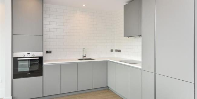 £154,875, 2 Bedroom Upper Floor Flat For Sale in Croydon, CR0