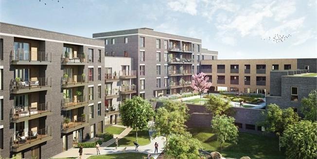 £380,000, 2 Bedroom Flat For Sale in Croydon, CR0