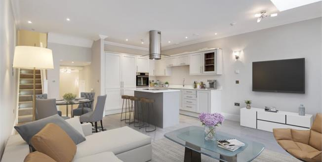 £480,000, 2 Bedroom Flat For Sale in Purley, CR8