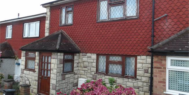 Guide Price £285,000, 3 Bedroom Terraced House For Sale in New Addington, CR0