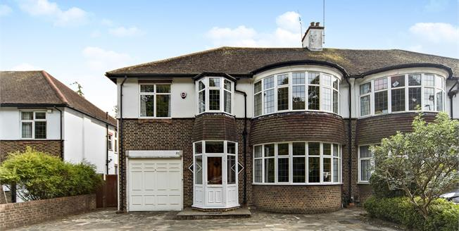 Guide Price £675,000, 5 Bedroom Semi Detached House For Sale in South Croydon, CR2