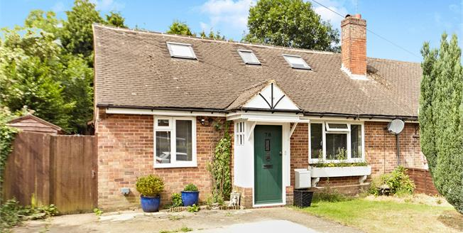 Guide Price £425,000, Semi Detached Bungalow For Sale in South Croydon, CR2