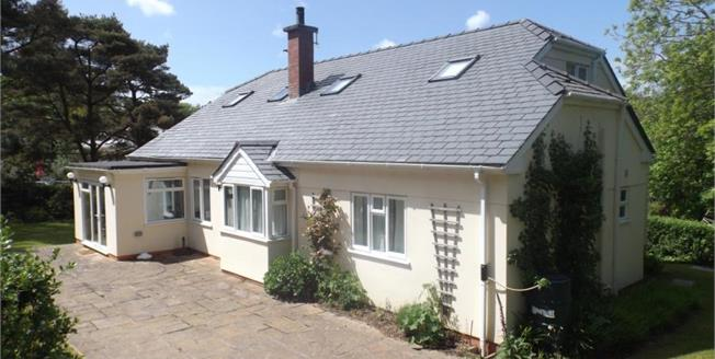 £695,000, 5 Bedroom Detached House For Sale in Abersoch, LL53