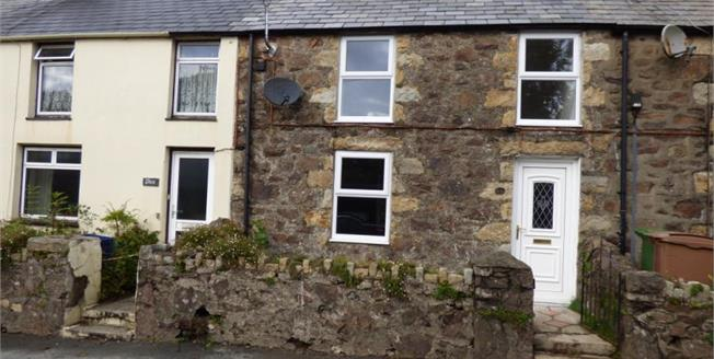£158,000, 2 Bedroom Terraced House For Sale in Llanbedrog, LL53