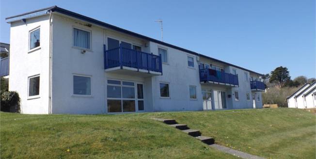 £195,000, 2 Bedroom Terraced Flat For Sale in Abersoch, LL53