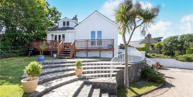 £475,000, 3 Bedroom Detached House For Sale in Abersoch, LL53