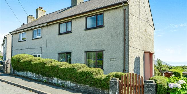 Asking Price £150,000, 3 Bedroom Semi Detached House For Sale in Mynytho, LL53