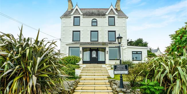 Asking Price £699,000, 6 Bedroom Detached House For Sale in Abersoch, LL53