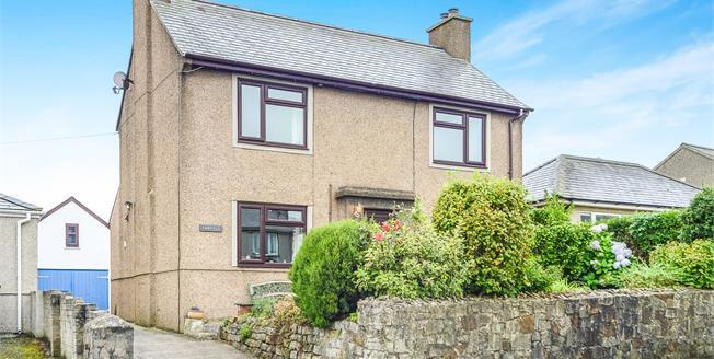 Asking Price £242,000, 3 Bedroom Detached House For Sale in Llanbedrog, LL53
