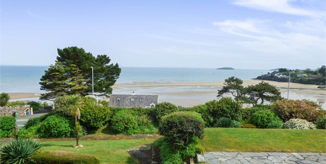 Asking Price £550,000, 4 Bedroom Flat For Sale in Abersoch, LL53